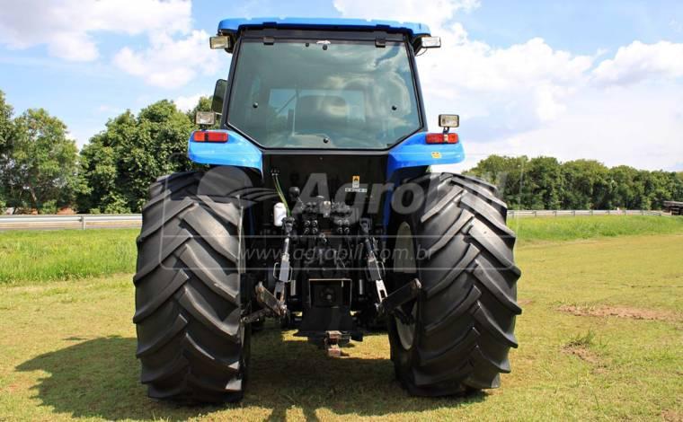 Trator New Holland TM 7040 4×4 ano 2012 SPS com 2531 horas - Tratores - New Holland - Agrobill - Tratores, Implementos Agrícolas, Pneus