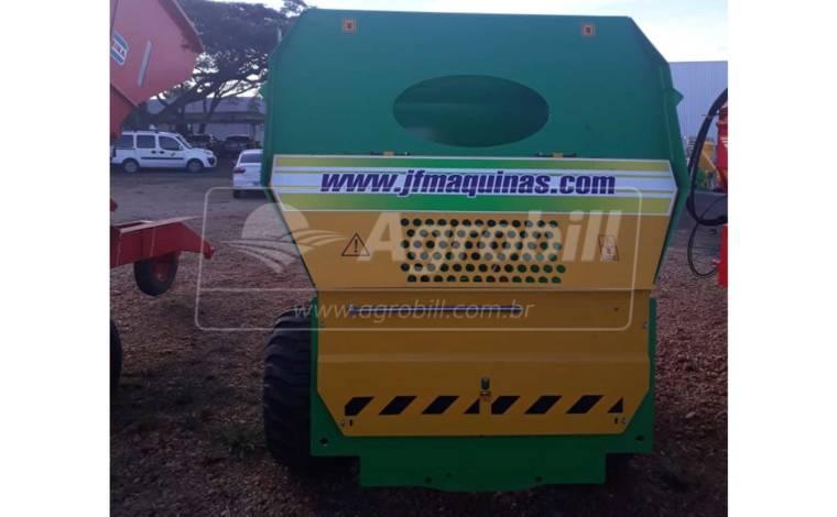 Vagão Misturador JF MIX 6000 / com Balança / sem Desensilador > Novo - Vagão Misturador - JF - Agrobill - Tratores, Implementos Agrícolas, Pneus