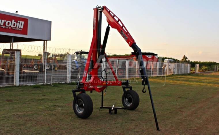 Guincho p/ Big Bag 2.000 kg com Regulagem de Bitola / Roda Loca – São José > Novo - Guincho Agrícola - São José - Agrobill - Tratores, Implementos Agrícolas, Pneus
