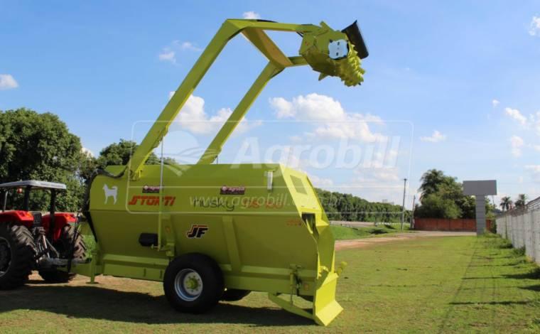Vagão Misturador Storti Husky 16 m³ / com Balança / com Desensilador – JF > Novo - Vagão Misturador - JF - Agrobill - Tratores, Implementos Agrícolas, Pneus