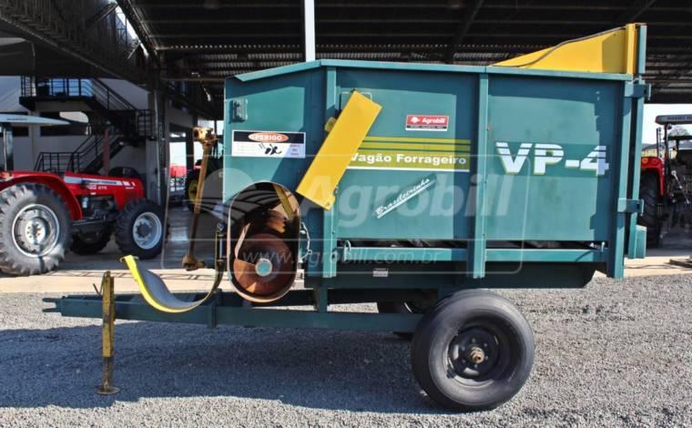 Vagão Forrageiro VP-4 – Pinheiro > Seminovo - Vagão Forrageiro - Pinheiro - Agrobill - Tratores, Implementos Agrícolas, Pneus