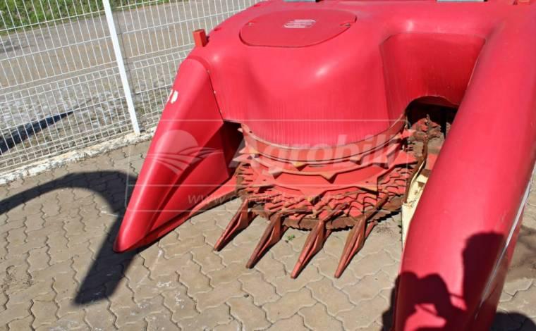 Colhedora de Forragens Nogueira New CAT1200 / Bica Hidráulica e Plataforma Articulável > Usada - Colhedora de Forragens / Forrageira - Nogueira - Agrobill - Tratores, Implementos Agrícolas, Pneus