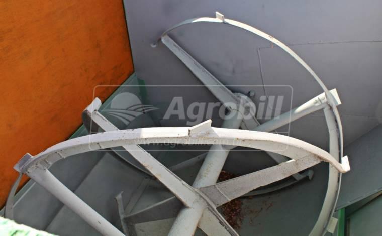Vagão Forrageiro / Misturador – JF > Usado - Vagão Misturador - JF - Agrobill - Tratores, Implementos Agrícolas, Pneus