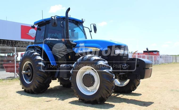 New Holland TM 135 4×4 ano 2006 com apenas 1238 horas de uso !!! - Tratores - New Holland - Agrobill - Tratores, Implementos Agrícolas, Pneus