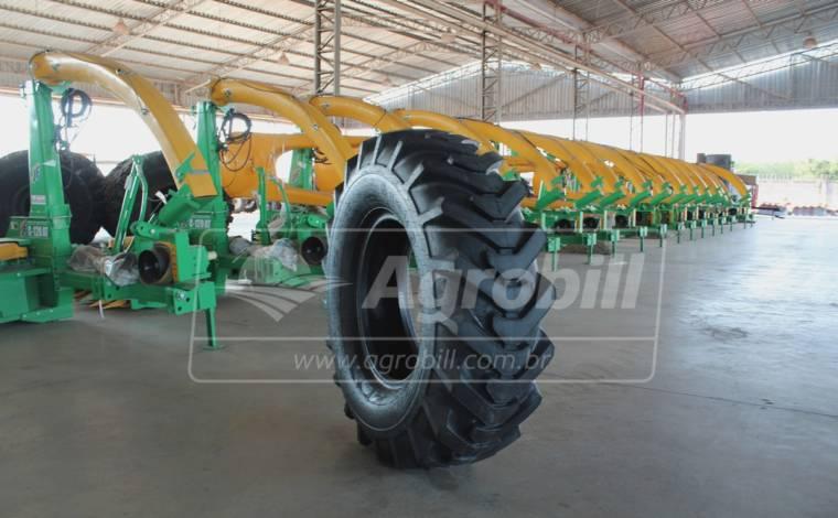 Pneu 1400×24 / 10 Lonas – Pirelli > Novo - 1400x24 - Pirelli - Agrobill - Tratores, Implementos Agrícolas, Pneus