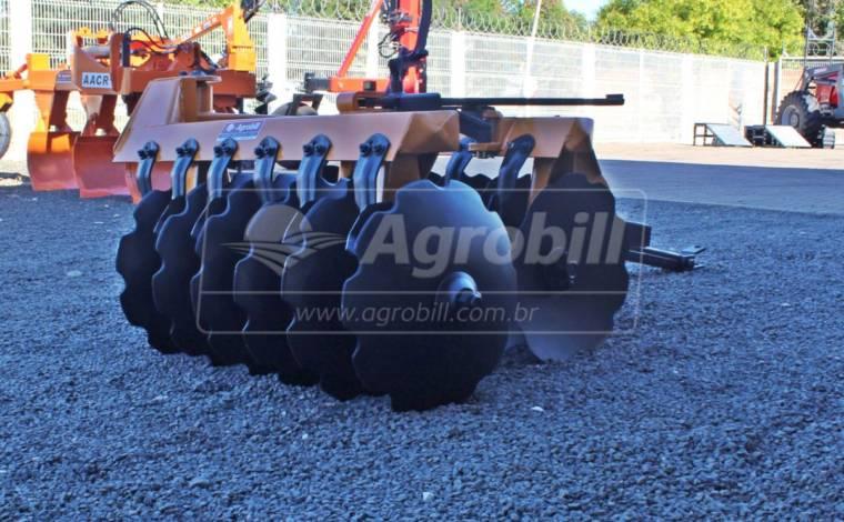 Grade Aradora de Arrasto GA 12 Discos – Tatu > Usada - Implementos - Tatu Marchesan - Agrobill - Tratores, Implementos Agrícolas, Pneus