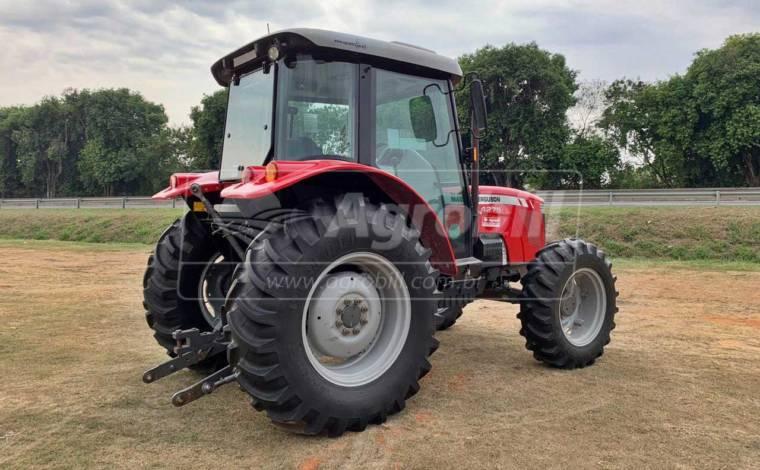 Trator Massey 4275 4×4 ano 2016 cabinado c/1153  horas - Tratores - Massey Ferguson - Agrobill - Tratores, Implementos Agrícolas, Pneus