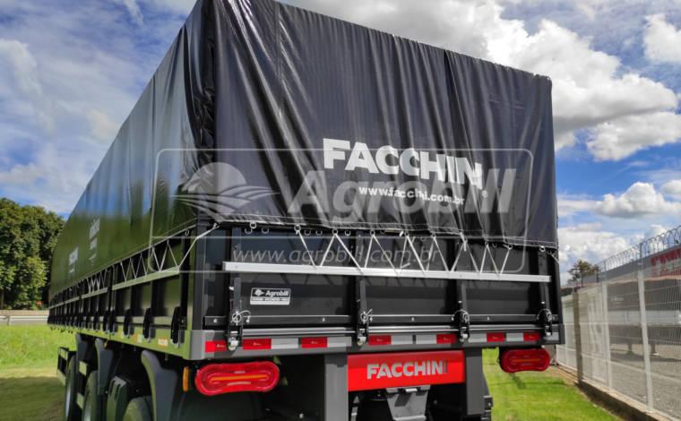 Carreta Graneleira 13.5 m s/ pneus, c/ Eixos Distanciados cor Preta FACCHINI – 0Km - Graneleiro - Facchini - Agrobill - Tratores, Implementos Agrícolas, Pneus