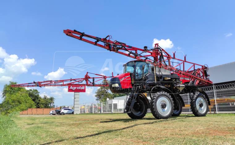 Pulverizador Case Patriot 250 4×4 ano 2017 com 1517 horas - Tratores - Case - Agrobill - Tratores, Implementos Agrícolas, Pneus