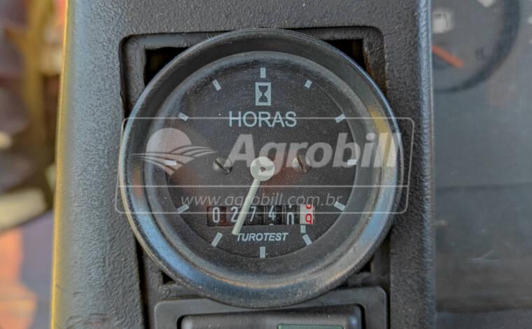 Trator Valtra 1580 4×4 ano 2000 com conjunto frontal TATU (ENLEIRADOR) - Tratores - Valtra - Agrobill - Tratores, Implementos Agrícolas, Pneus