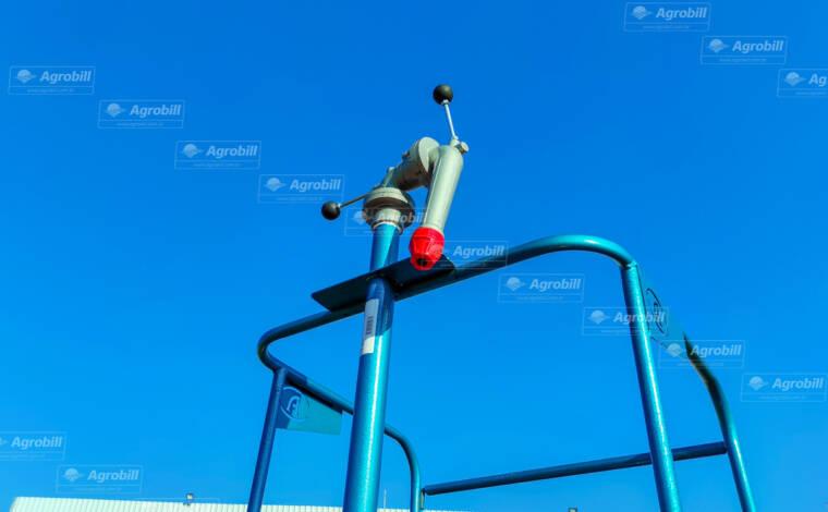 Reboque Agrícola Tanque de Água 4000 L / 1 Eixo Rodado Duplo / com Canhão de Combate a Incêncio / Bomba Bl-3 / Sem Pneus – Facchini > Novo - Tanque de Água - Facchini - Agrobill - Tratores, Implementos Agrícolas, Pneus