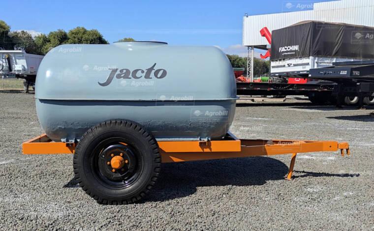 Carreta Tanque de Fibra 2000 litros / Utilizado para óleo > Usado - Tanque de Água - Personalizado - Agrobill - Tratores, Implementos Agrícolas, Pneus