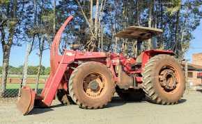 Trator Massey 292 4×4 ano 2004 c/ conjunto de lamina TATU - Tratores - Massey Ferguson - Agrobill - Tratores, Implementos Agrícolas, Pneus