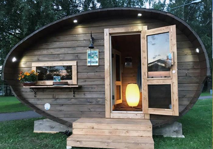 sauna-oeuf-exterieur-soir