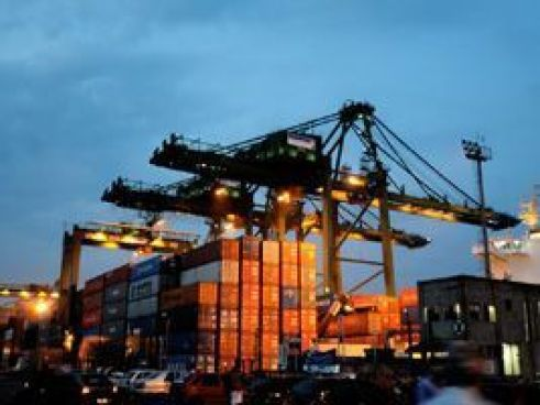 Porto de Santos registra movimentação de cargas recorde
