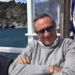 Lo scrittore e showman Gino Rivieccio presenta il suo nuovo libro