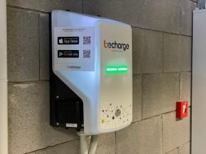 ANM inaugura la rete di ricarica per auto elettriche