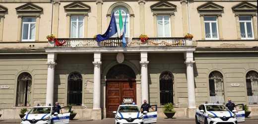 Nola, tre nuove auto per i Vigili Urbani