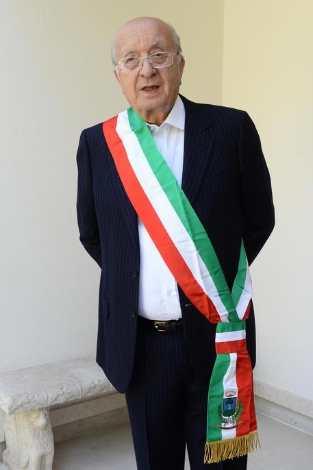 Comunali: De Mita e il primo giorno da sindaco di Nusco