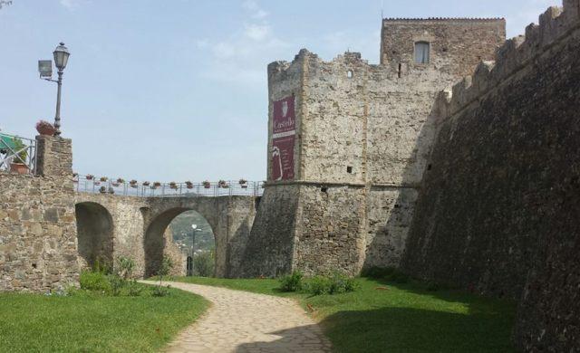 castello isola pedonale