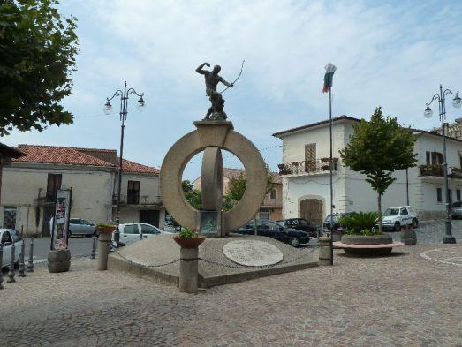 Piazza di Ogliastro Cilento