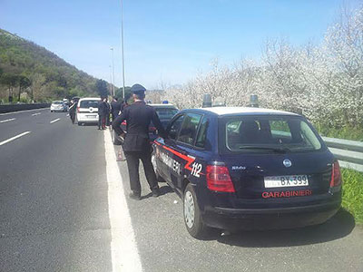 carabinieri_autostrada_mercato_san_severino_1