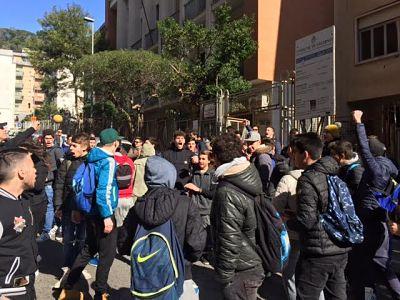 studenti-nautico-salerno-protesta_1