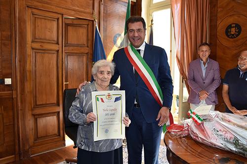 Signora_Tecla
