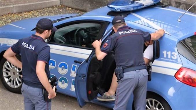 Polizia-arresto (2)