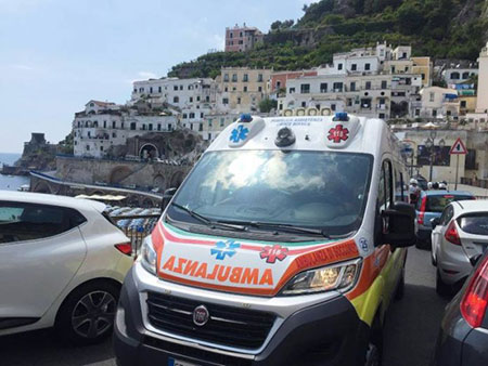 ambulanza-traffico-costiera