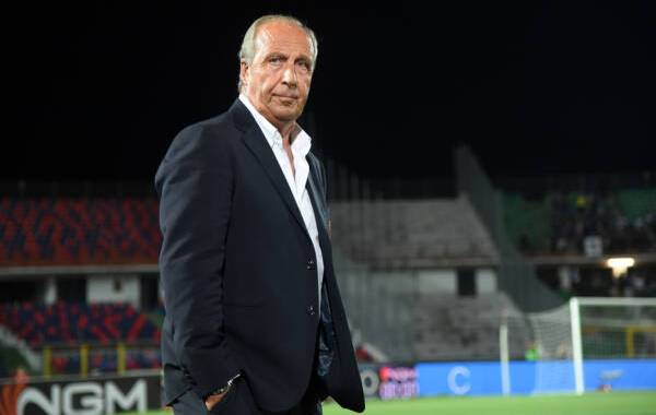 COSENZA, ITALY - AUGUST 31: Coach of US Salernitana Gian Piero Ventura during the Serie B match between Cosenza and Salernitana at Stadio San Vito-Marulla on August 31, 2019 in Cosenza, Italy. (Photo by Francesco Pecoraro/Getty Images)