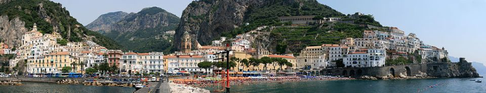 1024px-Amalfi_panorama_I