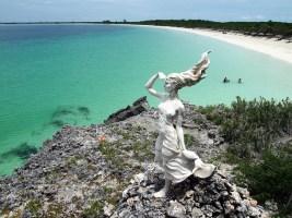 beach statue