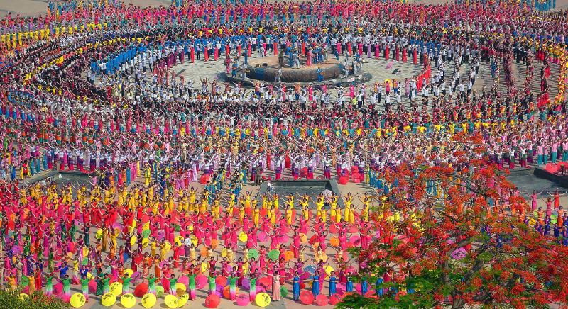 Dai Water Splashing Festival
