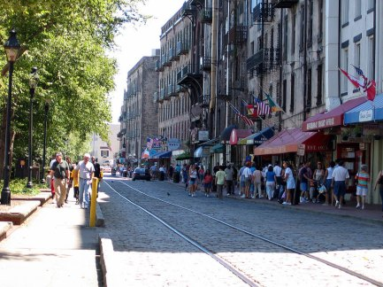 Savannah has long charmed locals and with its antebellum architecture, romantic boughs of Spanish moss, and good-natured residents. Score: 89.167