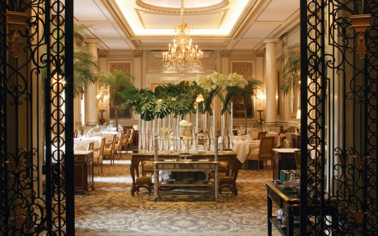 Four Seasons Hotel George V, Paris (Small)