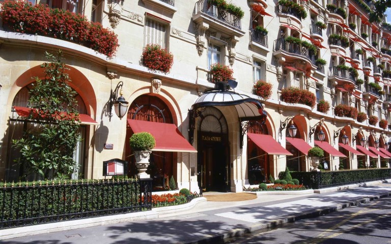 Hôtel Plaza Athénée, Paris (Small)