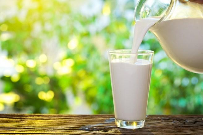 Resultado de imagen de foto de vasos de leche
