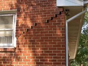 foundation wall crack