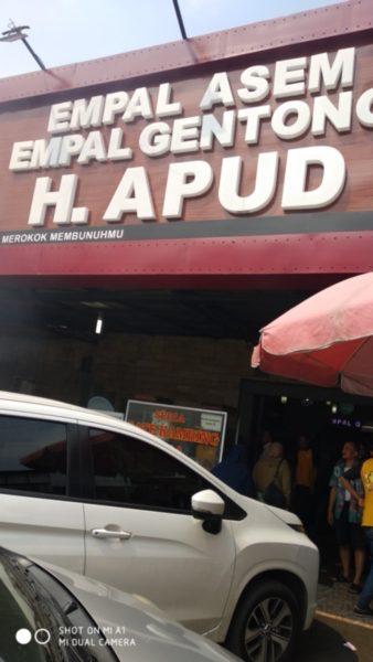 Wisata kuliner ke empal gentong H Apud Cirebon