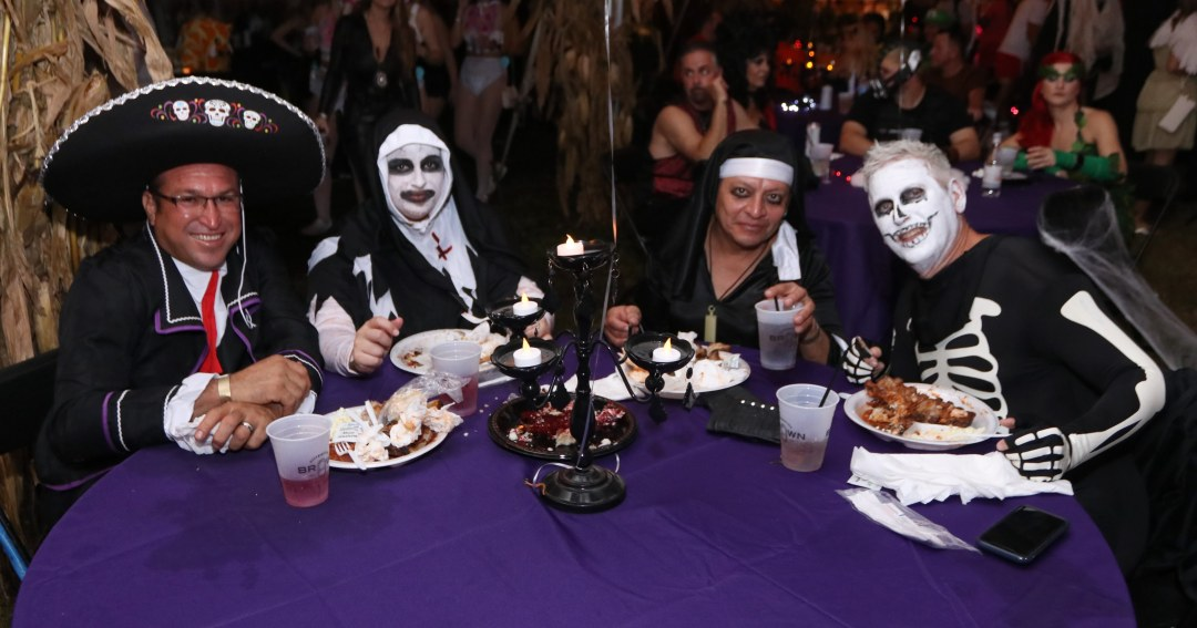 VIP Dinner at Moonfest 2019 (photo by: Mike Jalches)