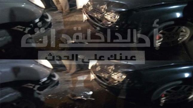 خطير.. حادثة سير إثر اصطدام سيارتين بشارع المسجد بالداخلة +صور