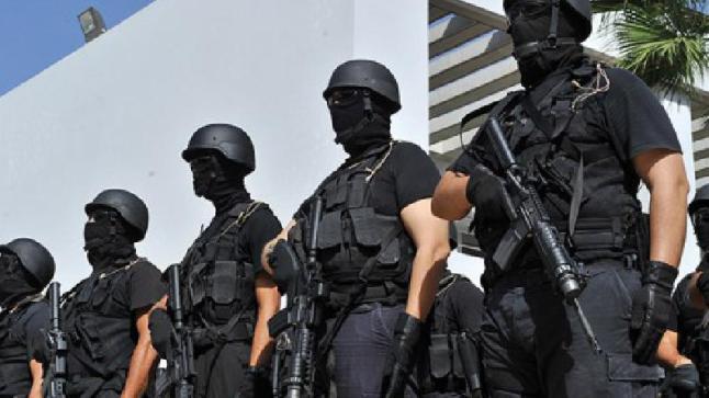 البسيج يعتقل شابا بتهم تتعلق بالإرهاب