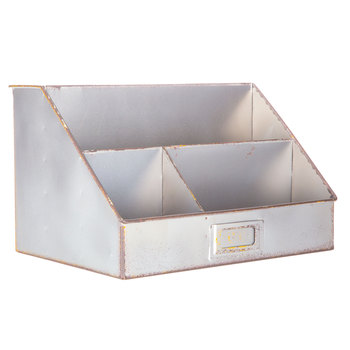 A great resource for budget friendly farmhouse storage solutions! Find it at aheartfilledhome.com
