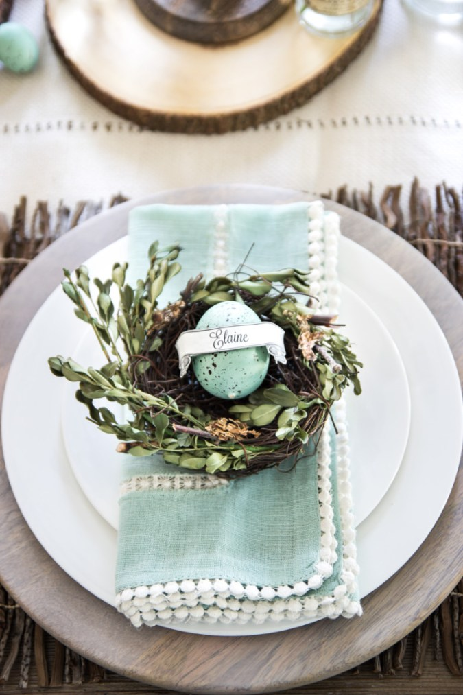 Spring Table Decor Ideas - Perfect for Easter!