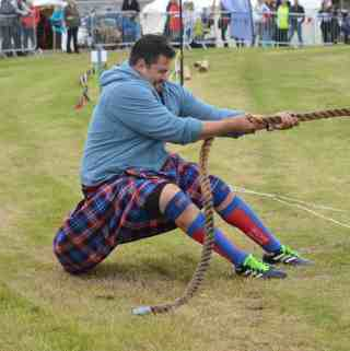 What can you expect at a Scottish Highland Games?
