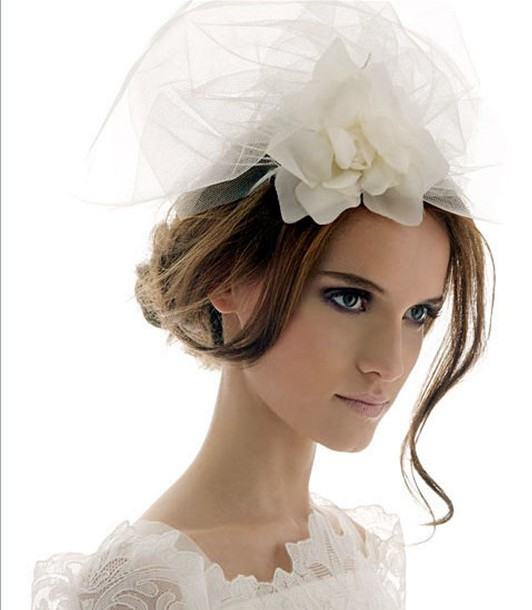 أجمل طرحات العروس 2015 من اليزابيث فيلمور