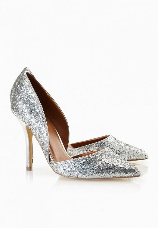كولكشن من أحذية سبير