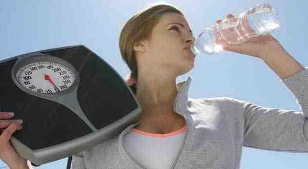 ريجيم الماء السريع لخسارة الوزن فقط اتبعي الخطوات