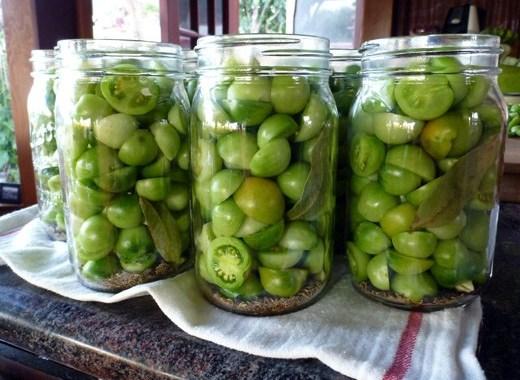 طريقة تحضير مخلل البندورة الخضراء في المنزل